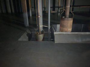 Gereinigter Pumpensumpf in Flachbodentank